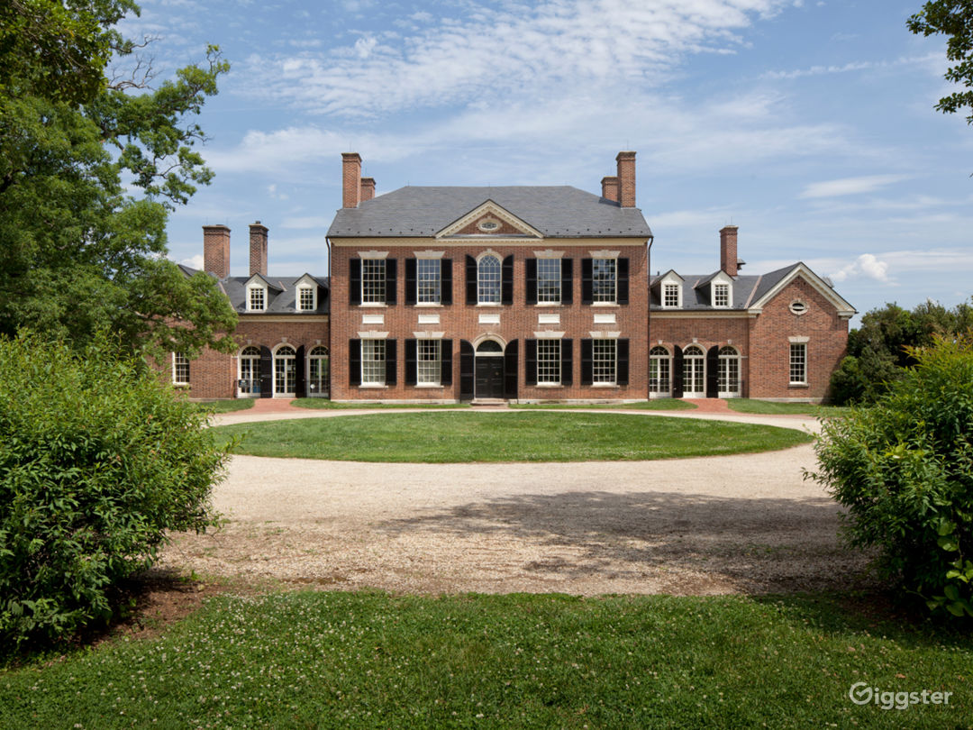 Important historic Mansion in Virginia Photo 1