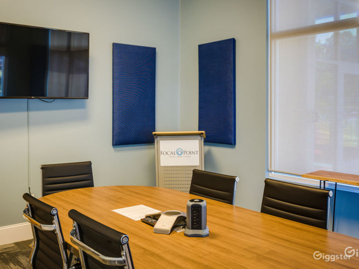 Sapphire Conference Room Photo 2