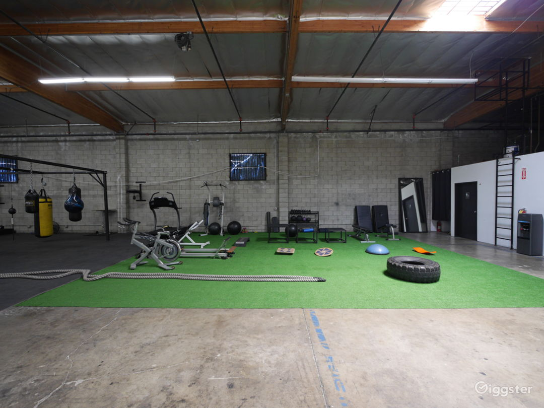 STRENGTH & CONDITIONING AREA BASED IN DOWNTOWN LA  Photo 1
