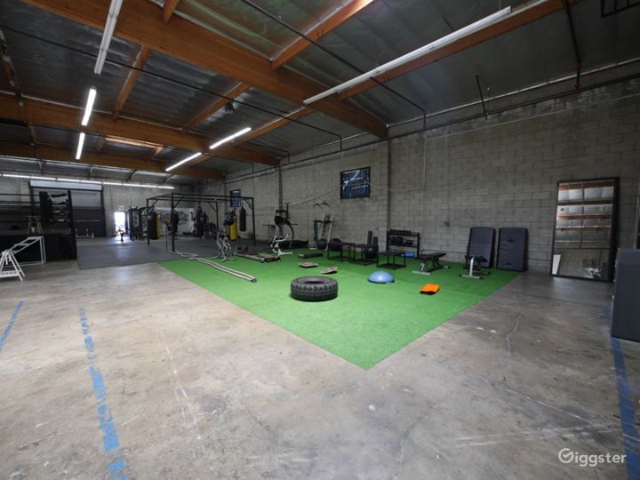 STRENGTH & CONDITIONING AREA BASED IN DOWNTOWN LA  Photo 3