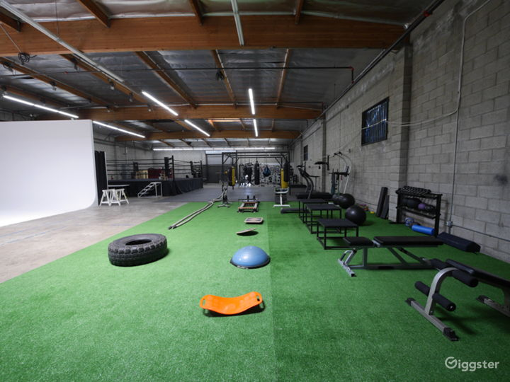 STRENGTH & CONDITIONING AREA BASED IN DOWNTOWN LA  Photo 2