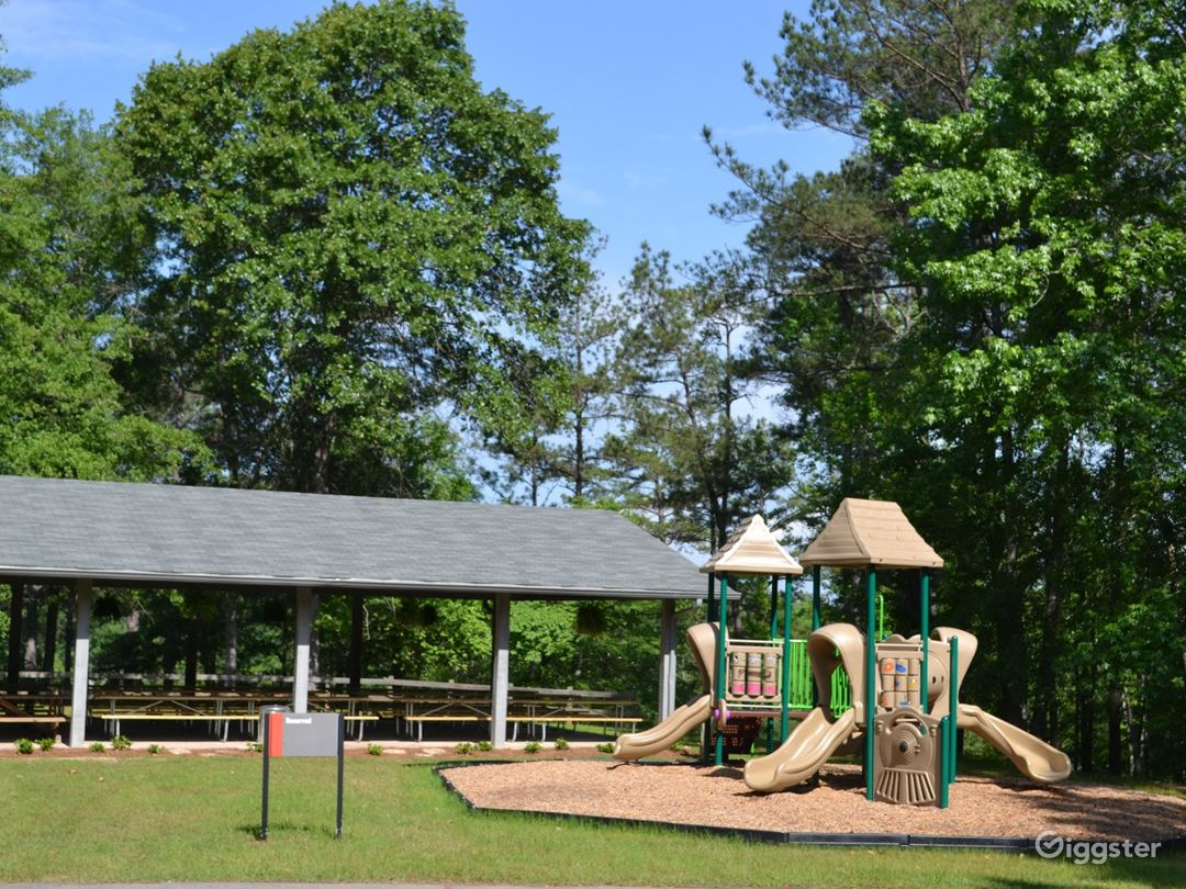 Recreational Park and Campground on Lake Harding Photo 1