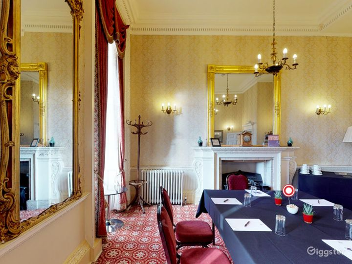 The Bennet-Clark Room in London Photo 4