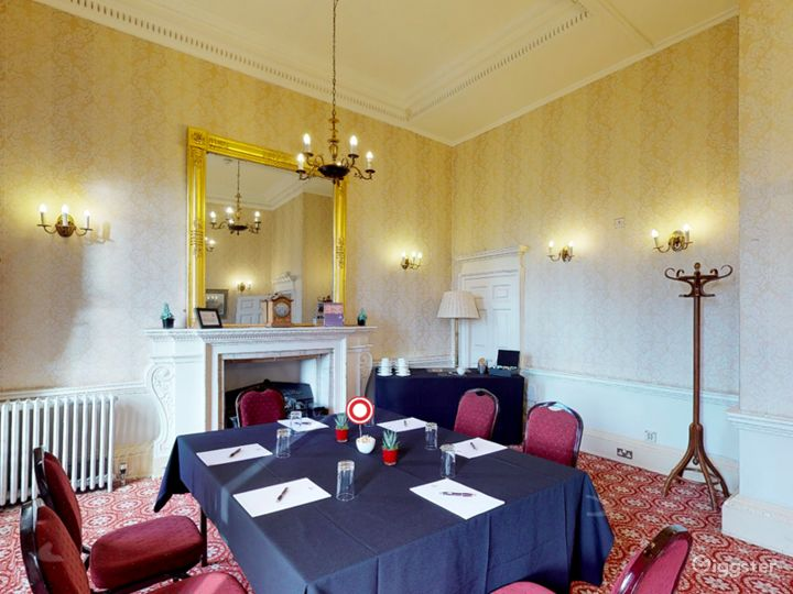The Bennet-Clark Room in London Photo 5
