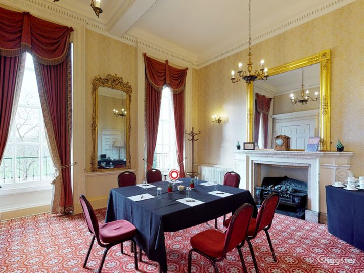 The Bennet-Clark Room in London Photo 2