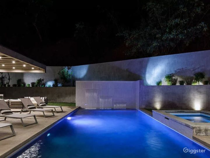 Contemporary new architectural gem in Hollywood Photo 2