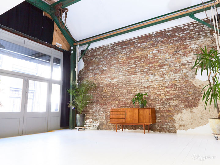 Flexible and Adaptable Space in London Photo 2