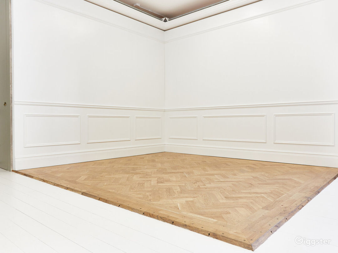 Flexible and Adaptable Space in London Photo 1