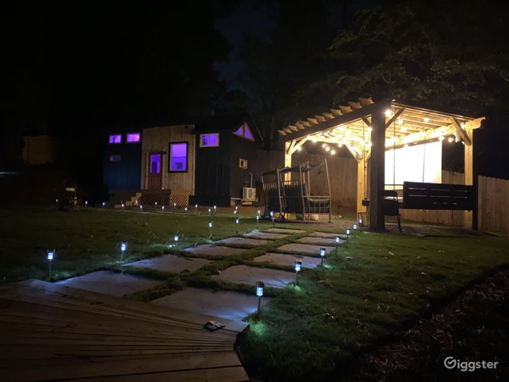 Luxe Tiny House with Outdoor Movie Theater  Photo 5