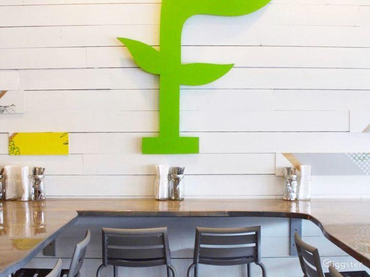 Cozy Restaurant in Pittsburgh Photo 3