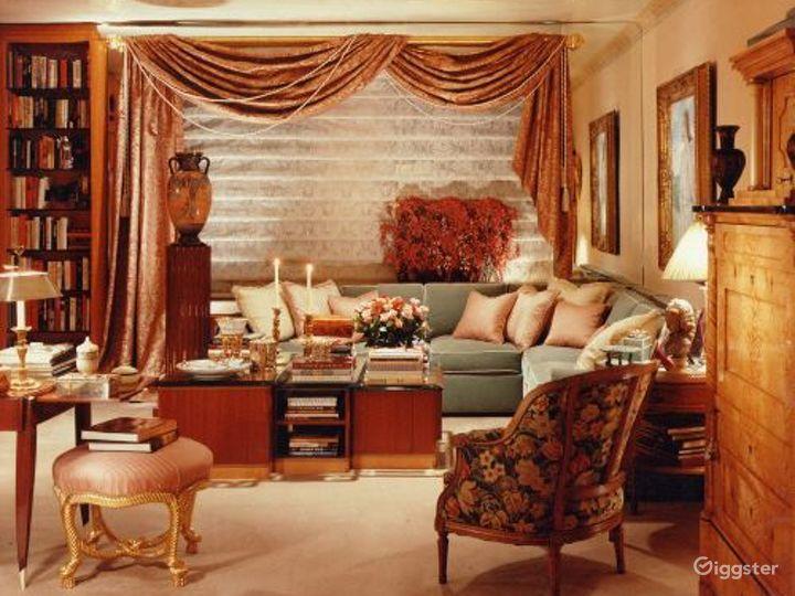 Ornate apartment: Location 2172 Photo 2