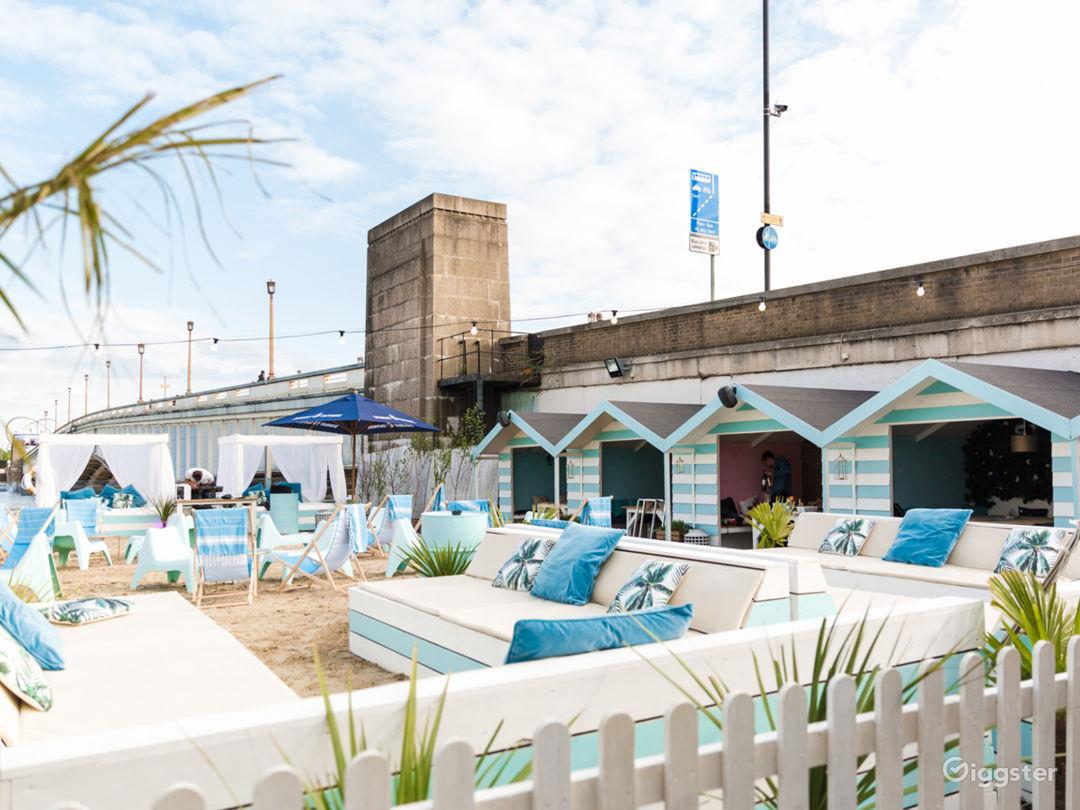 Beach Club in London Photo 1