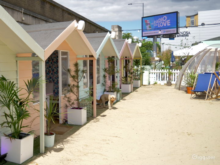 Beach Club in London Photo 2