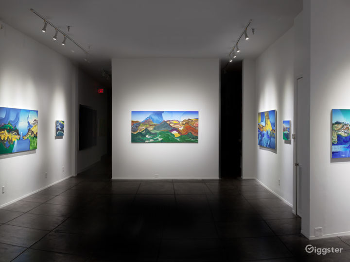 Contemporary Art Gallery in the Arts District