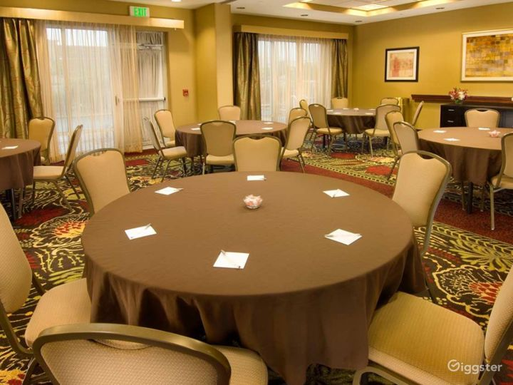 The Perfect Meeting Space in Lakeland Photo 3