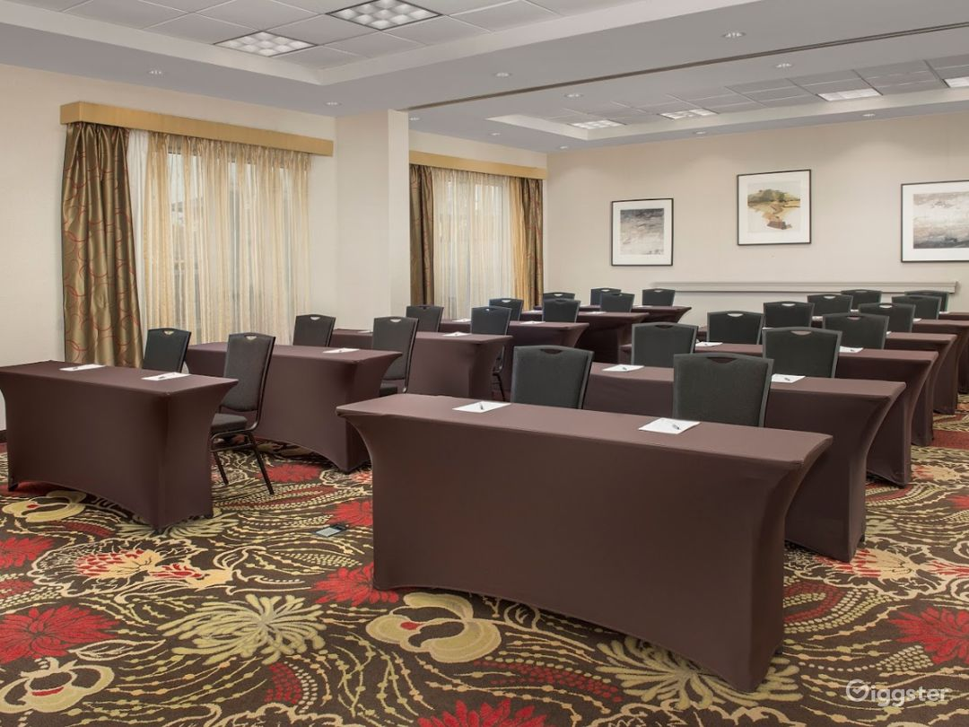 The Perfect Meeting Space in Lakeland Photo 1