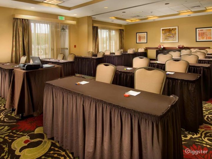 The Perfect Meeting Space in Lakeland Photo 2