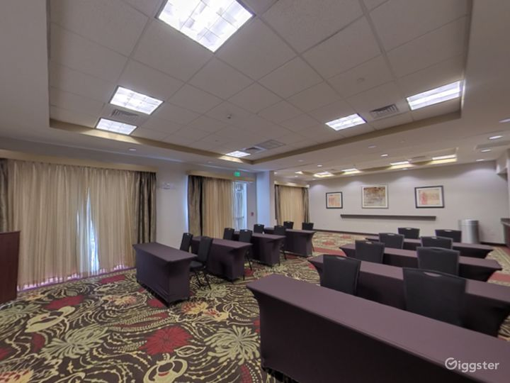 The Perfect Meeting Space in Lakeland Photo 5