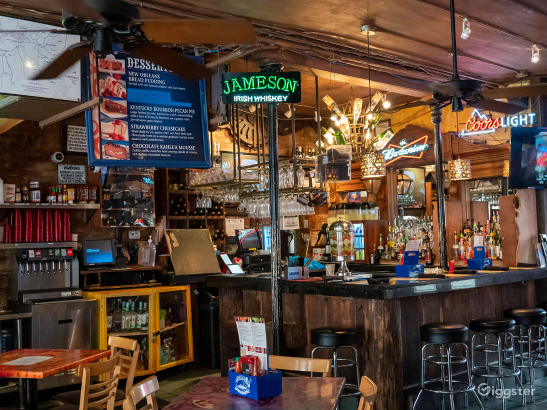 Vibrant Cajun and Creole Restaurant in French Quarter Photo 1