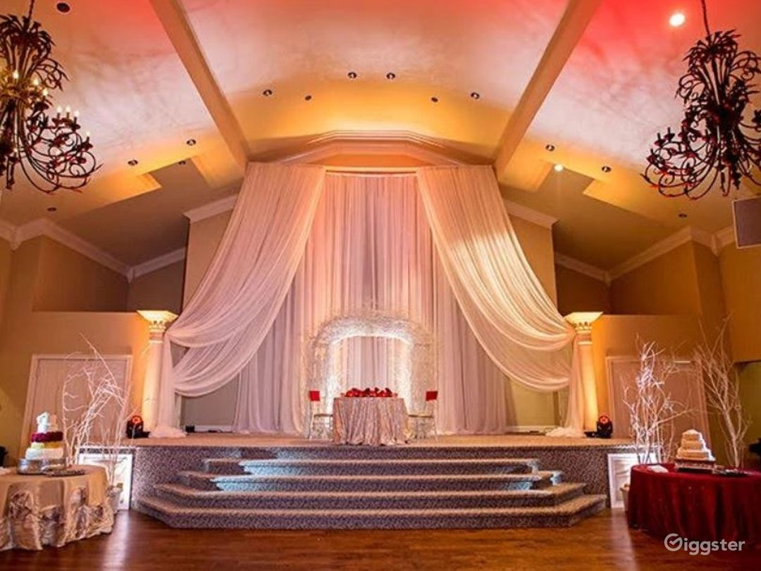 Majestic and Bright spacious Events Hall  Photo 1