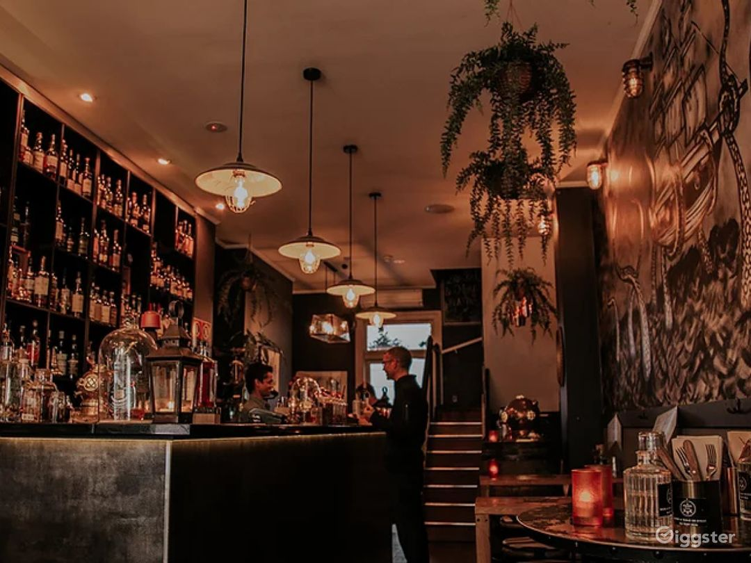 Bar with Perfect Liquors in Sydney Photo 1