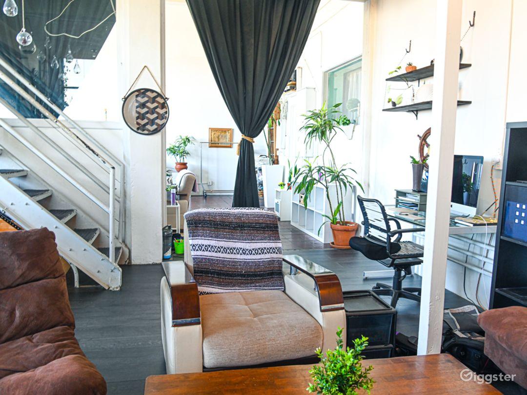 DTLA Studio Loft with High Ceilings (30ft) Photo 1
