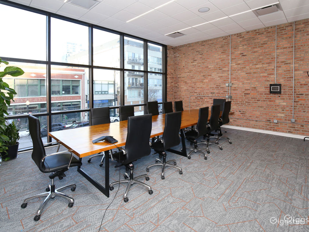 Floor-to-Ceiling Glass Walls Large Conference Room Photo 1