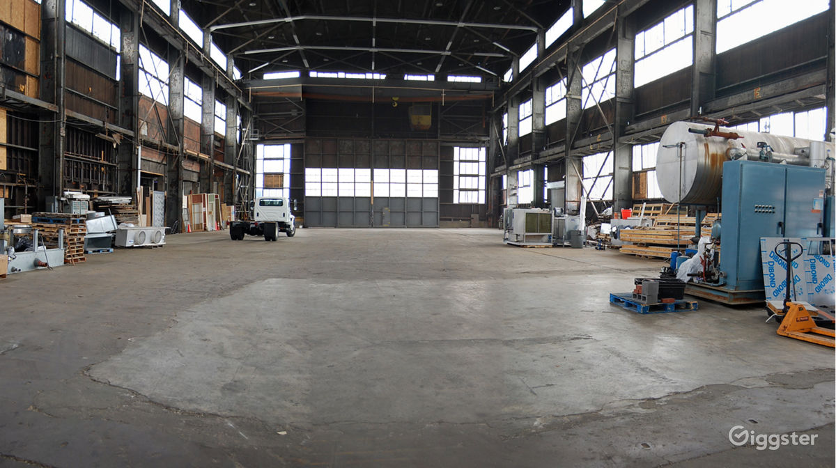 Indsutrial Warehouse on Brooklyn Waterfront in Navy Yard New York Rental