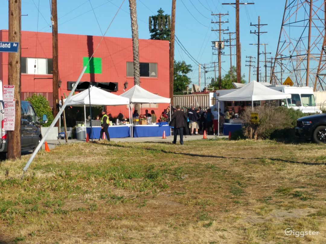 Secluded NoHo Arts District Film Stage GreenScreen Photo 2