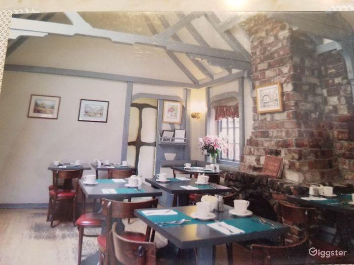 Vintage Restaurant in a 1927 Cottage Photo 3
