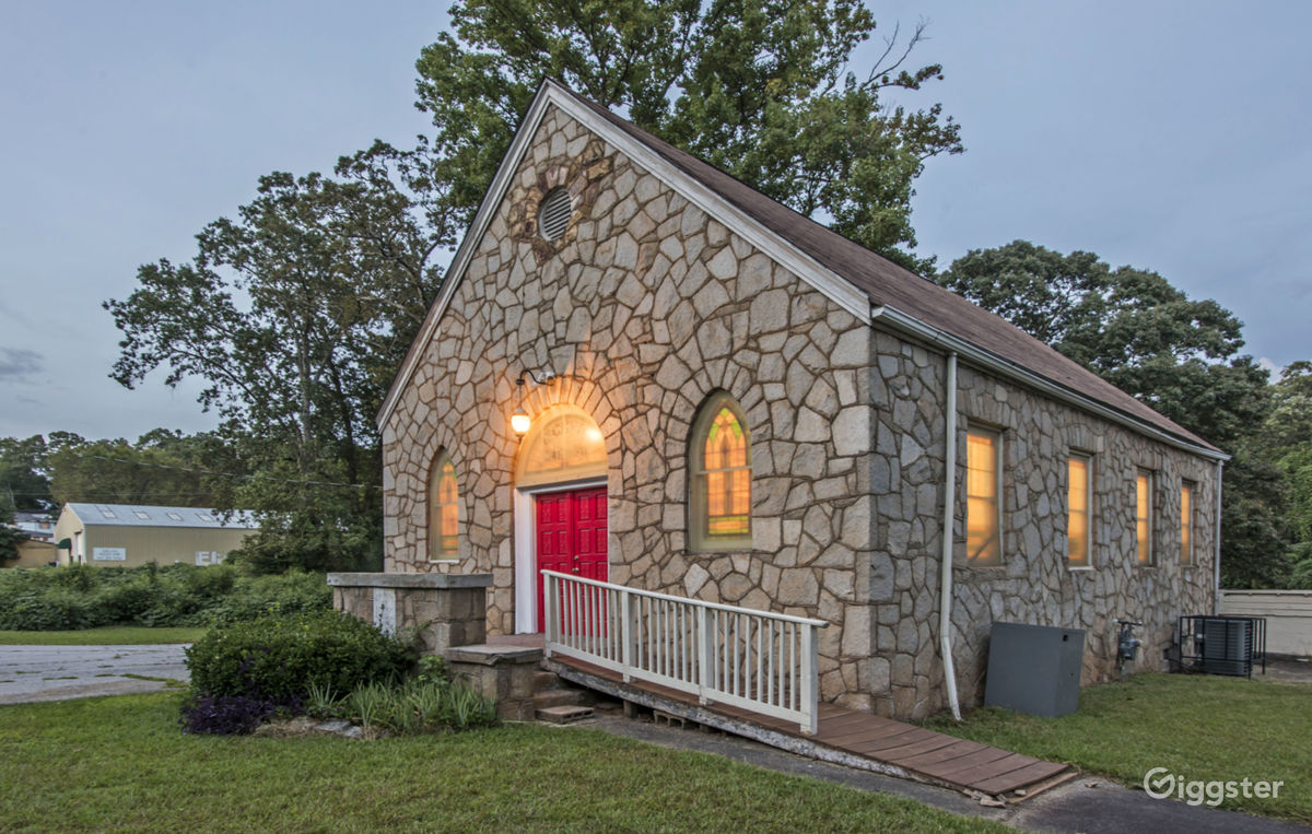 Historic Country Church near Starlight Drive-In Theatre and Flea Market Atlanta Rental