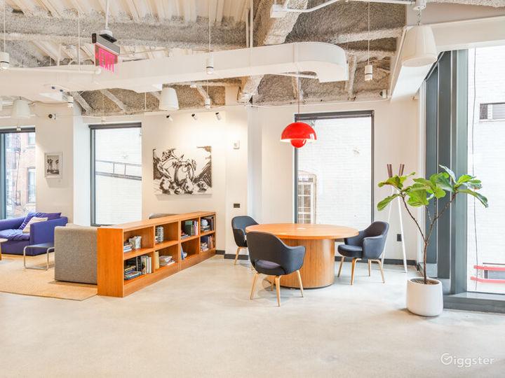 Light-filled Versatile Penthouse Venue Photo 4