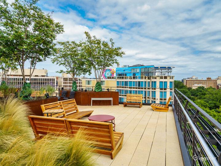 Light-filled Versatile Penthouse Venue Photo 5