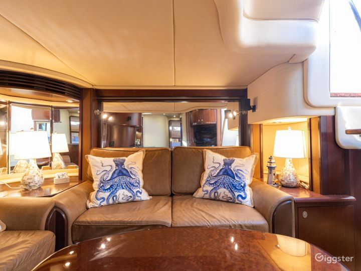 Superior 55ft SEA RAY Oceanika Party Yacht Space Events Photo 5
