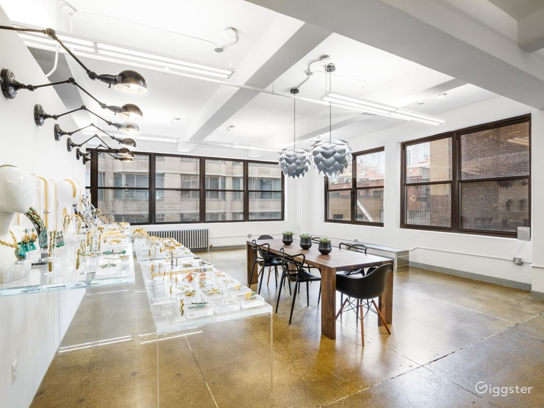 New York Loft Fashion Showroom Photo 5