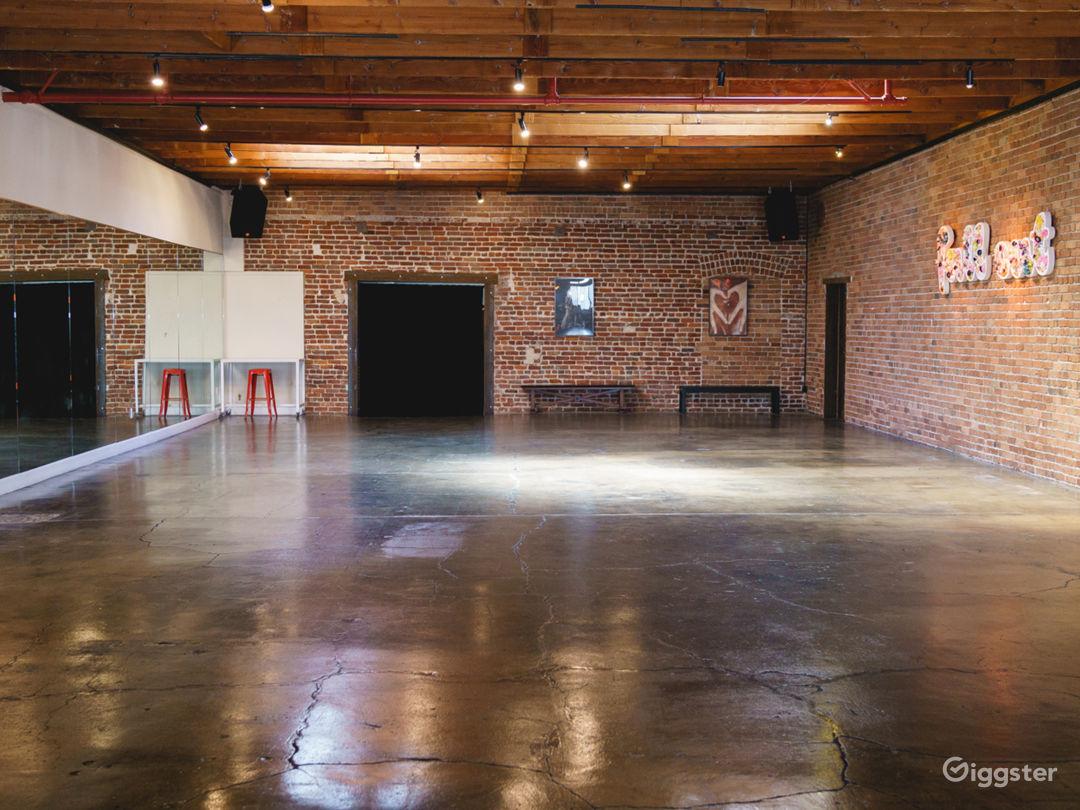 Warhol Studio [Main] - 71 x 31 ft |