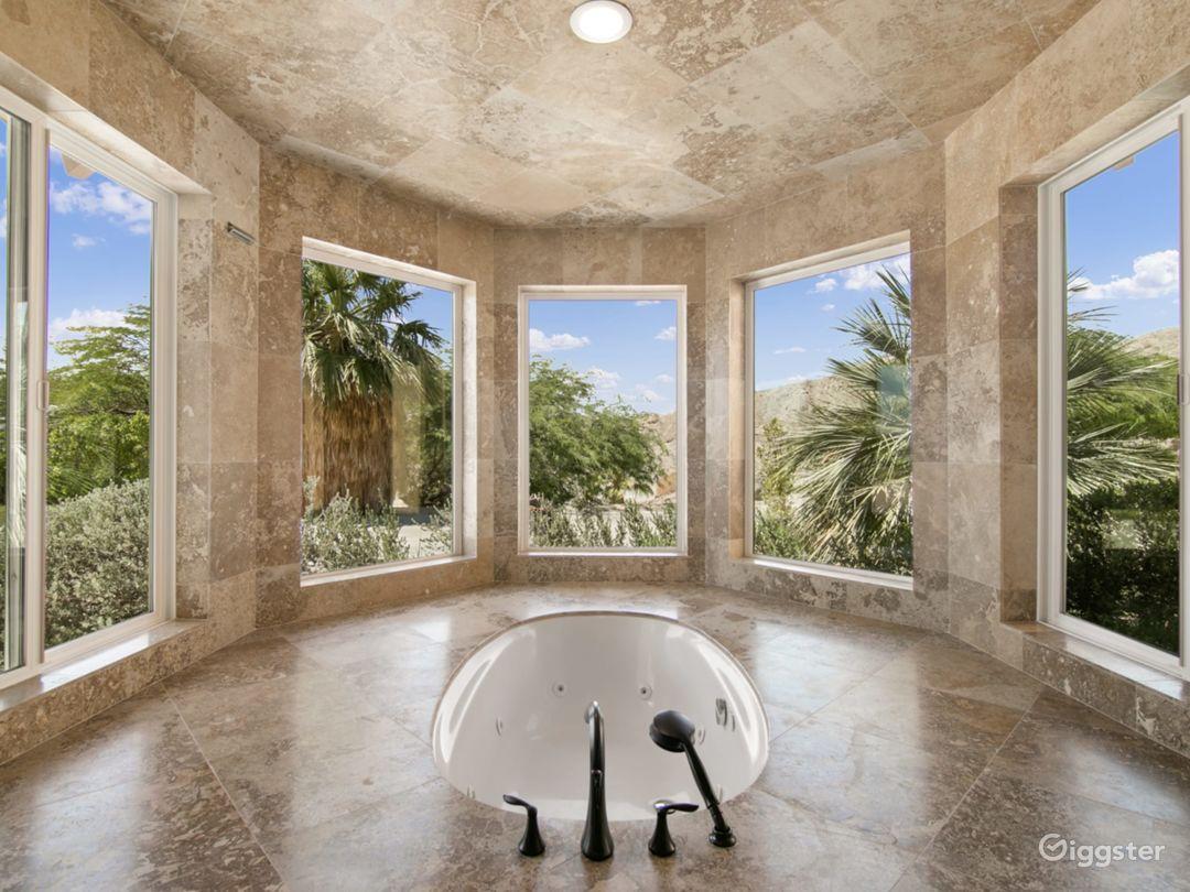 BathTub in the Master Bedroom.