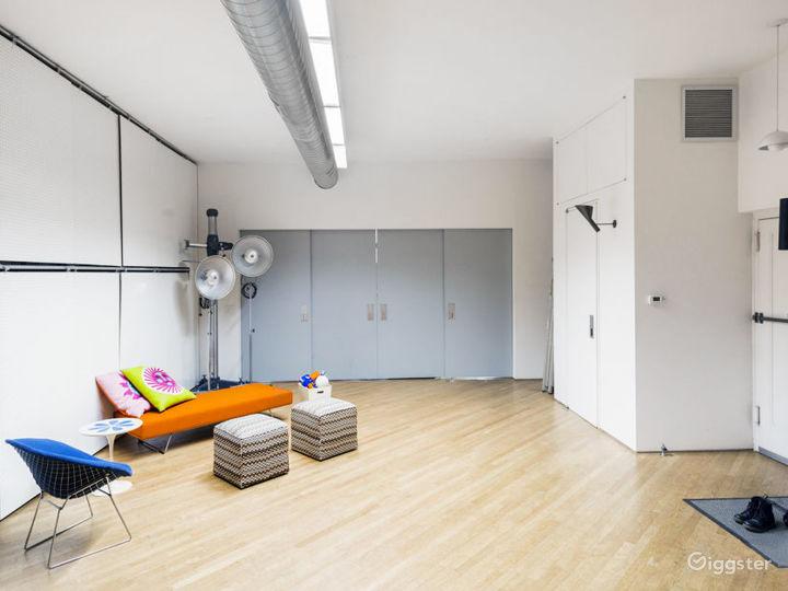 Dream Mid-Century Modern Loft Soho Photo 5