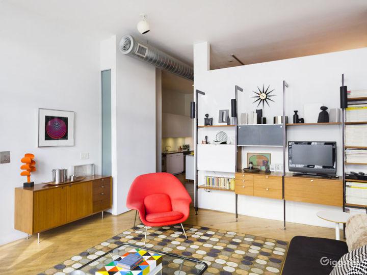 Dream Mid-Century Modern Loft Soho Photo 2
