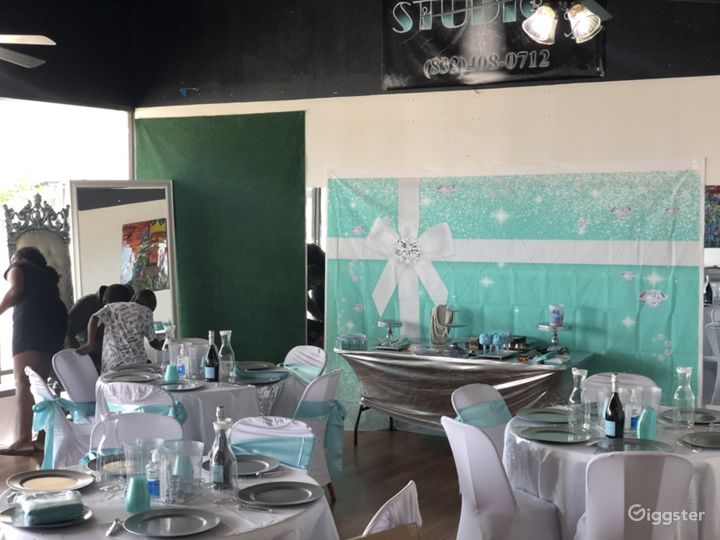 Artistic Modernized Event Space Photo 4