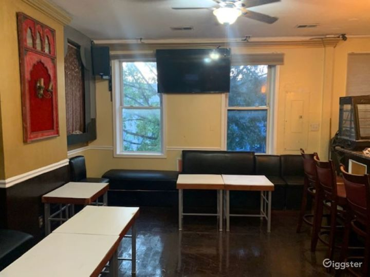 Pizza Parlor and Lounge Photo 5