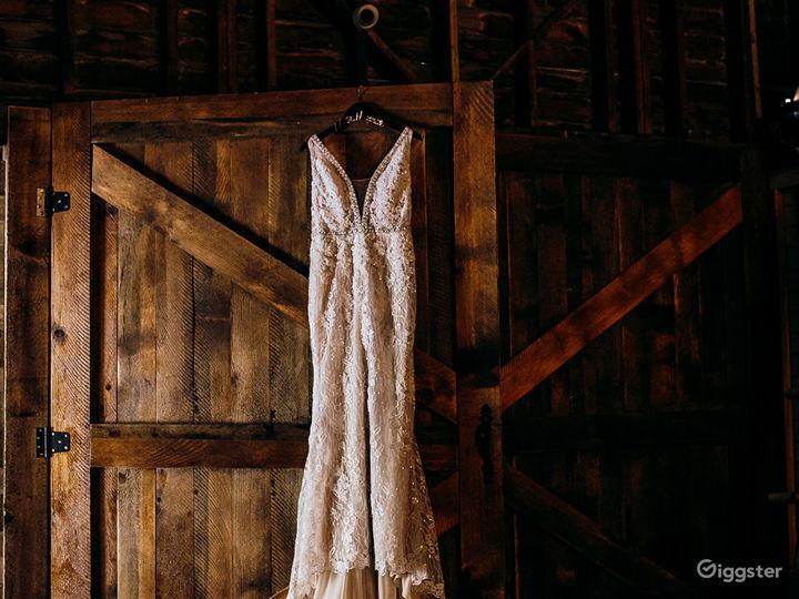 The Big White Barn Photo 3