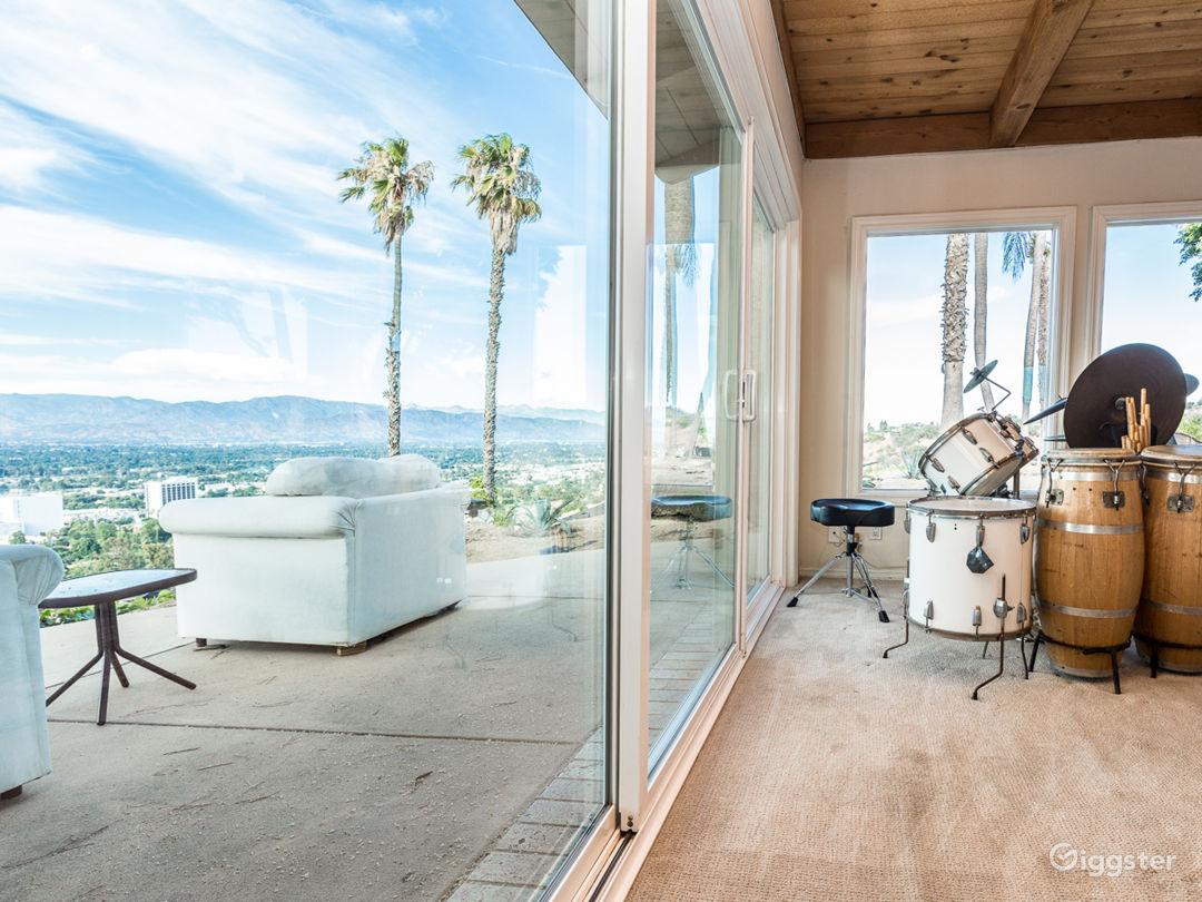Amazing Los Angeles Home w/Panoramic View-Pool-Spa Photo 3