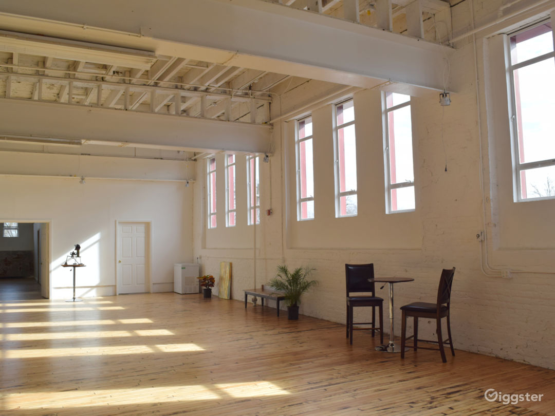 Main Space - 5,000 sq ft