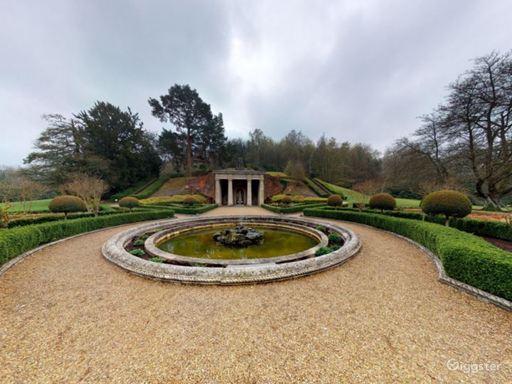 The Picturesque Gardens in Dorking Photo 5
