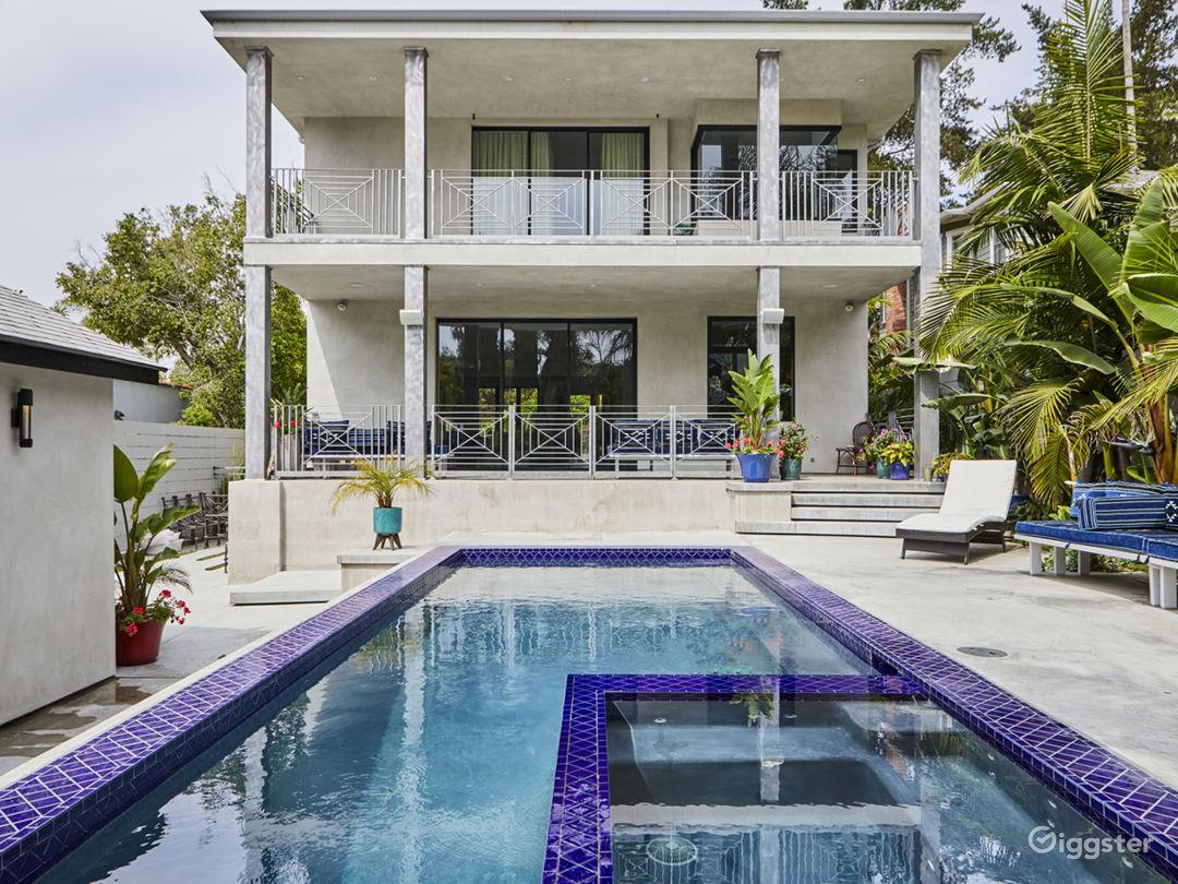 Bright Mid-Century Modern Home W Pool/Hot Tub Photo 1