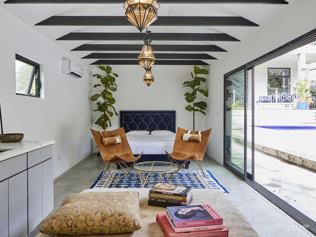Bright Mid-Century Modern Home W Pool/Hot Tub Photo 2