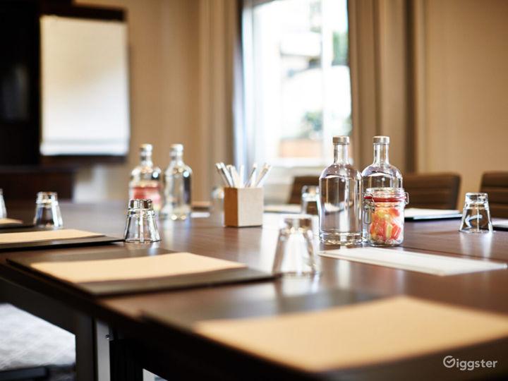 Flawless Boardroom in York Photo 2