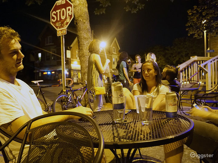 Laid-back Bar in Milwaukee Photo 5