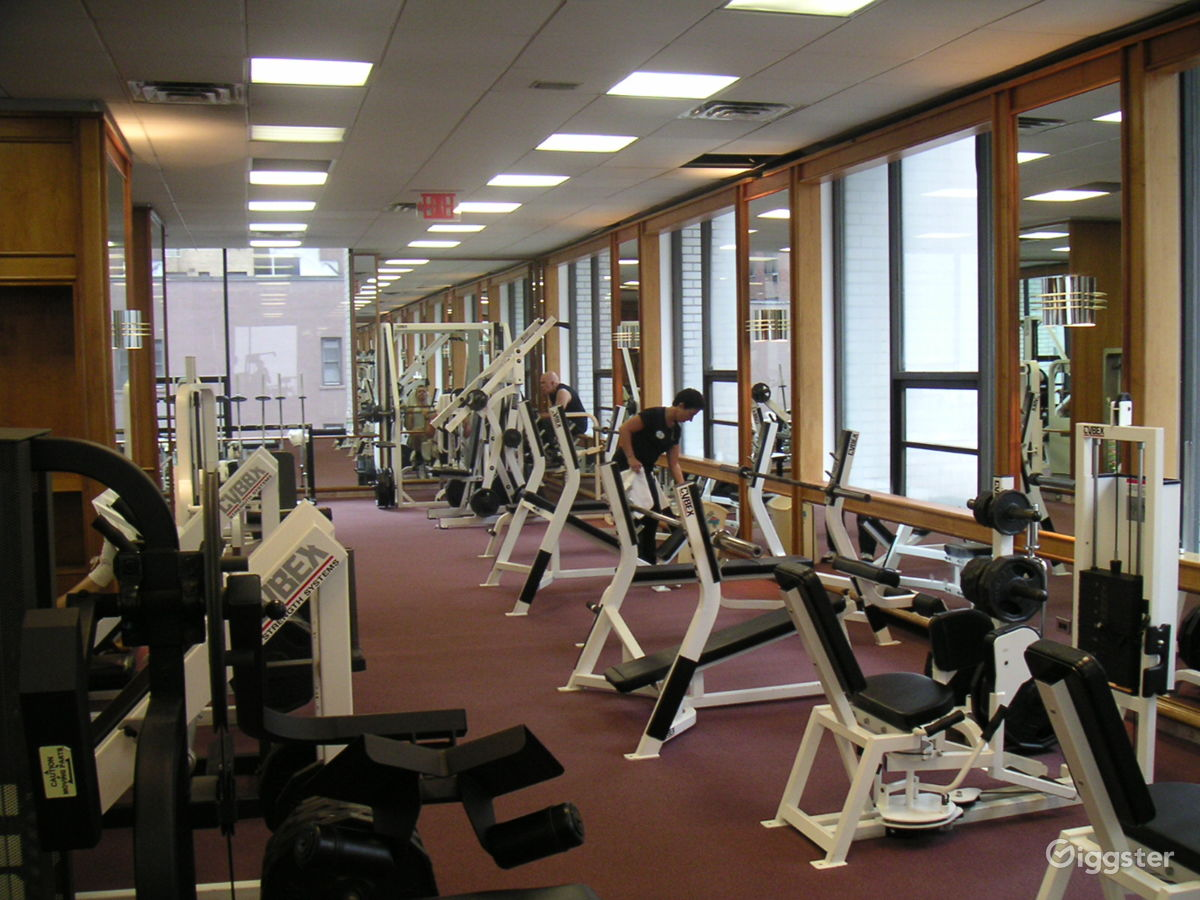 Rent gym large modern gym with a small bar dance fitness gym